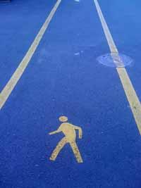 walk_manhole